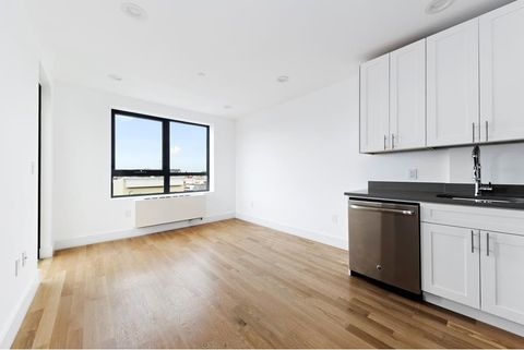 Photo of 4511 Broadway Apt 4 A, Queens, NY 11103