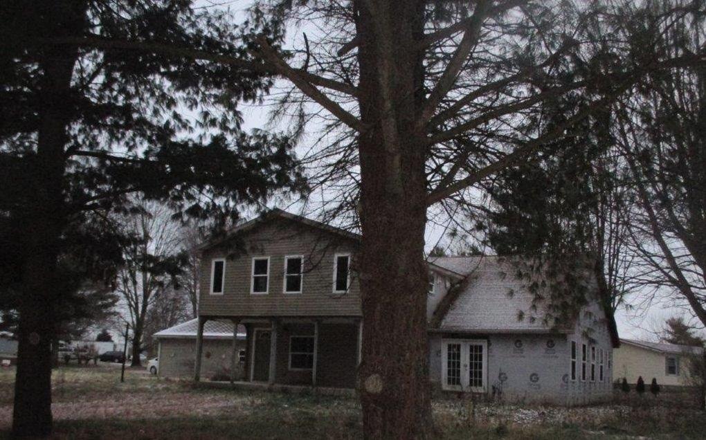 3381 E Wyland Creek Dr, Warsaw, IN 46580