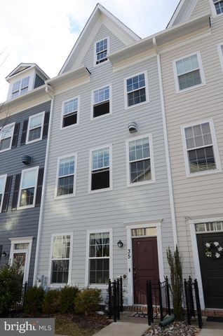 Photo of 35 Meridian Ln, Towson, MD 21286