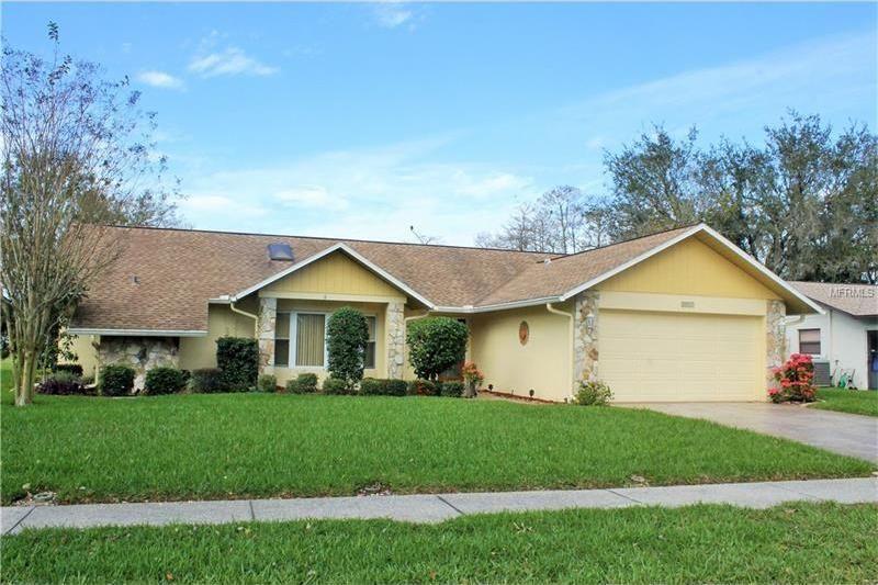 3817 Erin Brook Dr, New Port Richey, FL 34655
