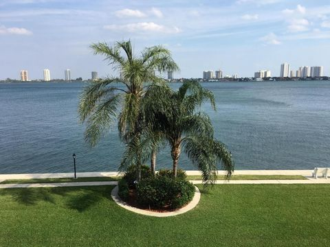 801 Lake Shore Dr Apt 304, Lake Park, FL 33403