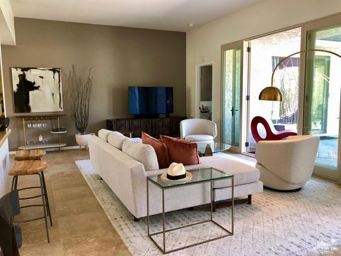 Photo of 462 N Hermosa Dr, Palm Springs, CA 92262