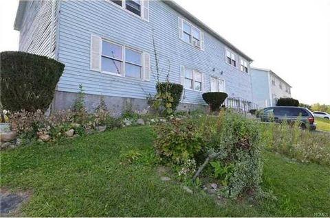 6364 Williamsburg Dr, Newburgh, NY 12550