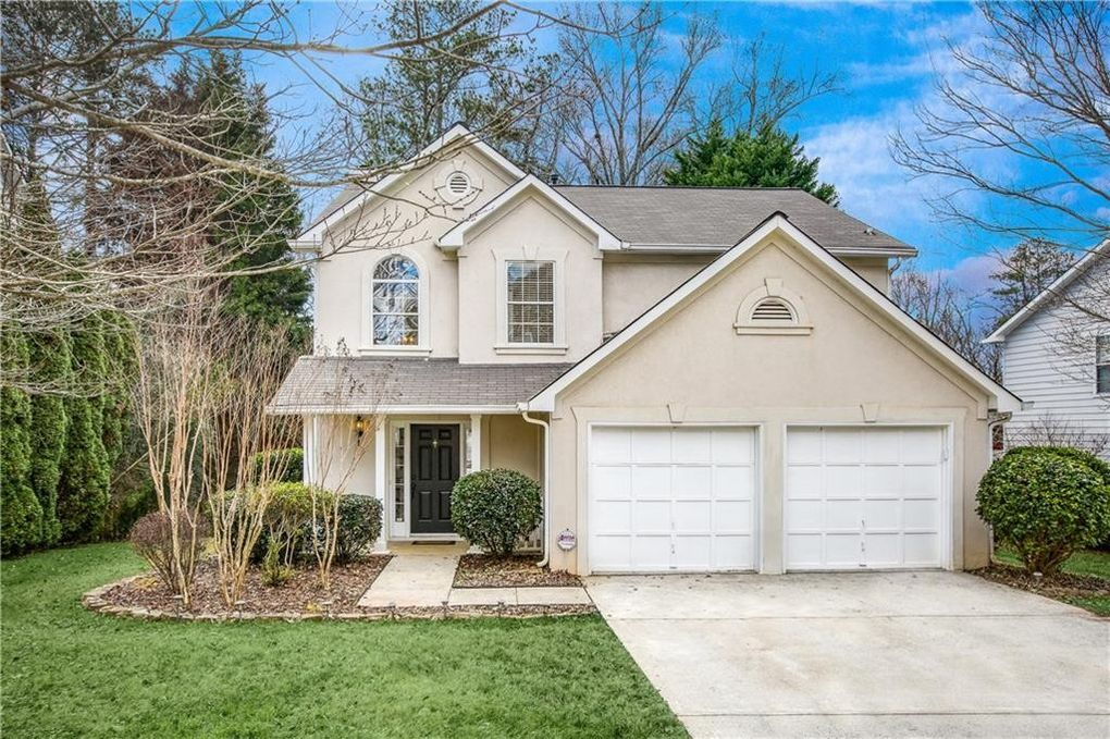 1085 Rome Dr, Roswell, GA 30075