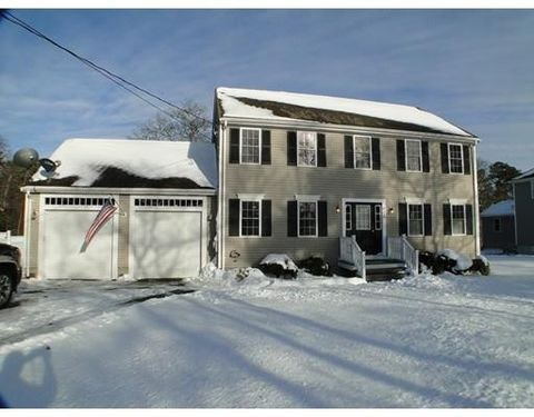 400 Old Plymouth Rd, Bourne, MA 02652