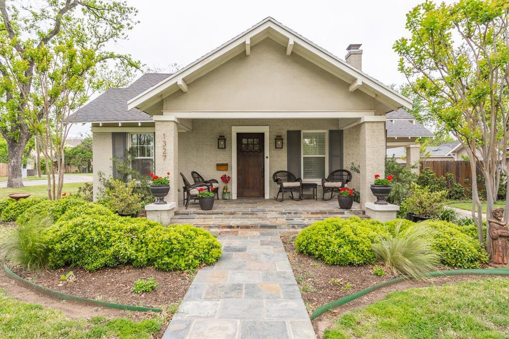 1327 Mackenzie St, San Angelo, TX 76901