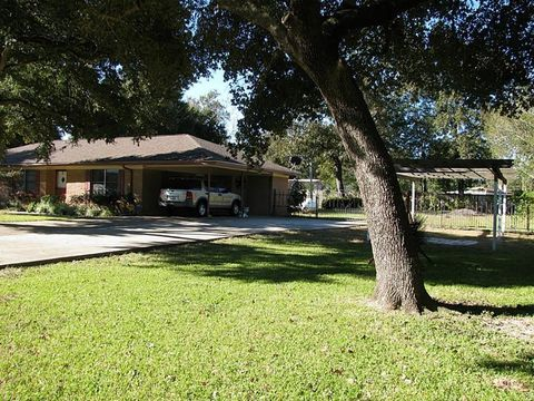 Photo of 500 State Highway 150, Coldspring, TX 77331