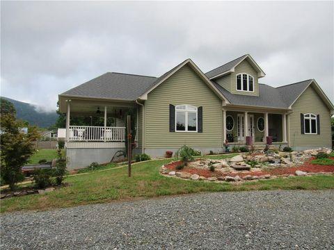 Photo of 1040 Cedar Oak Dr, Germanton, NC 27019