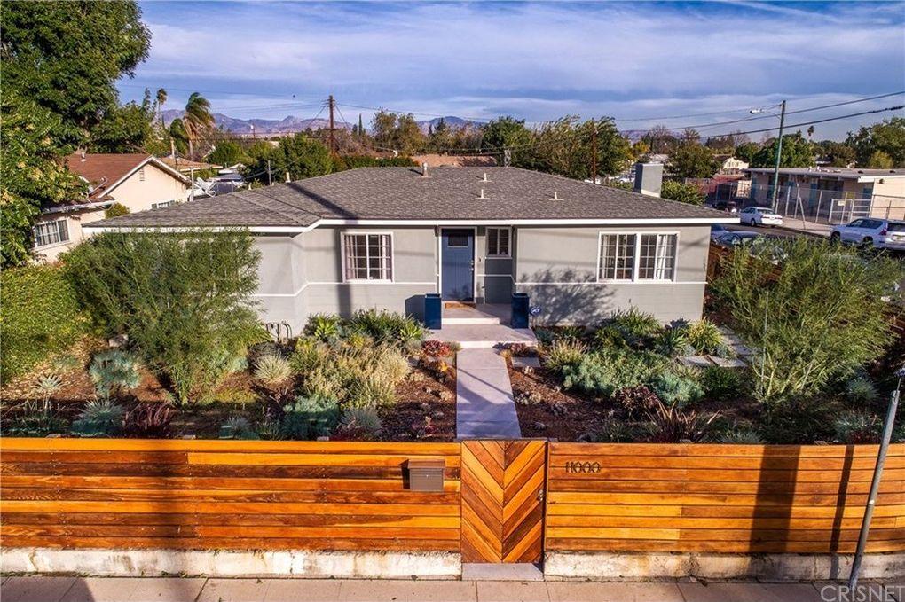 11000 Hayvenhurst Ave Granada Hills, CA 91344