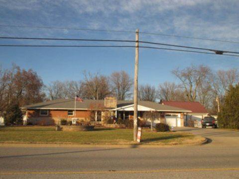 1106 W Main St, Robinson, IL 62454