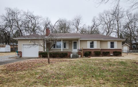 1914 S Link Ave, Springfield, MO 65804