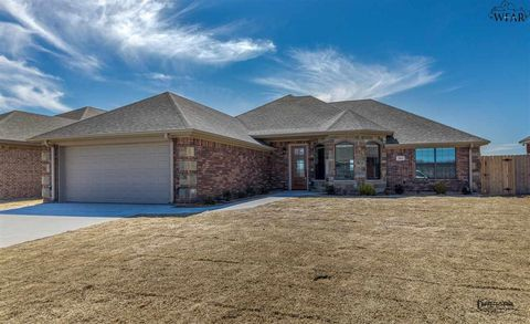 Photo of 5010 Blue Mesa Ln, Wichita Falls, TX 76310