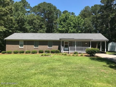 Photo of 224 Highland Dr, Dunn, NC 27546