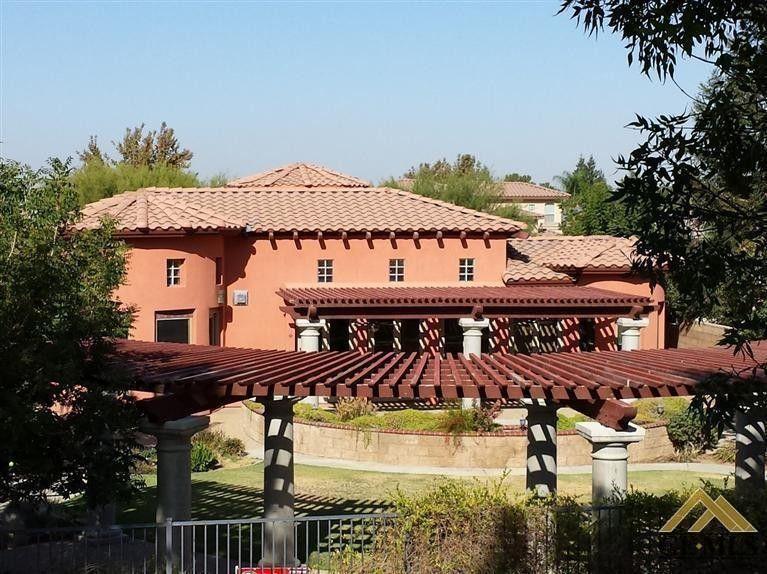 6215 Vista Estrella Bakersfield, CA 93306