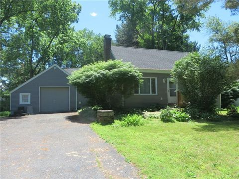 Photo of 294 Spackenkill Rd, Poughkeepsie, NY 12603