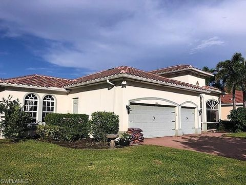 Photo of 2160 Vardin Pl, Naples, FL 34120