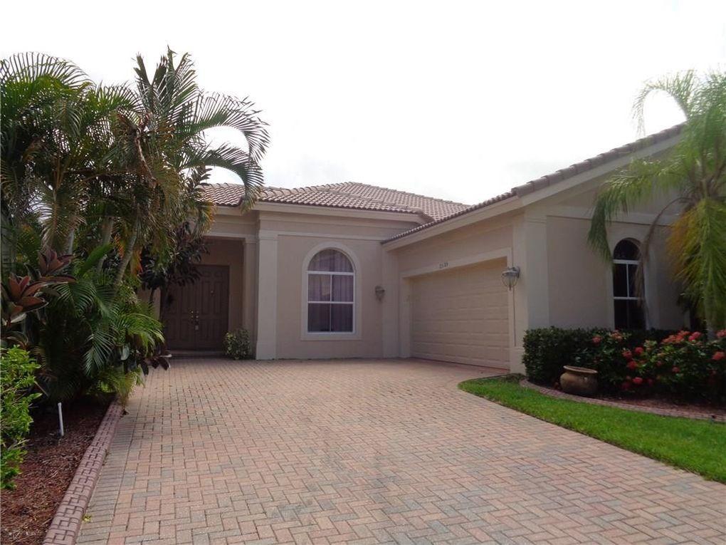 5285 Sapphire Ln Sw, Vero Beach, FL 32968