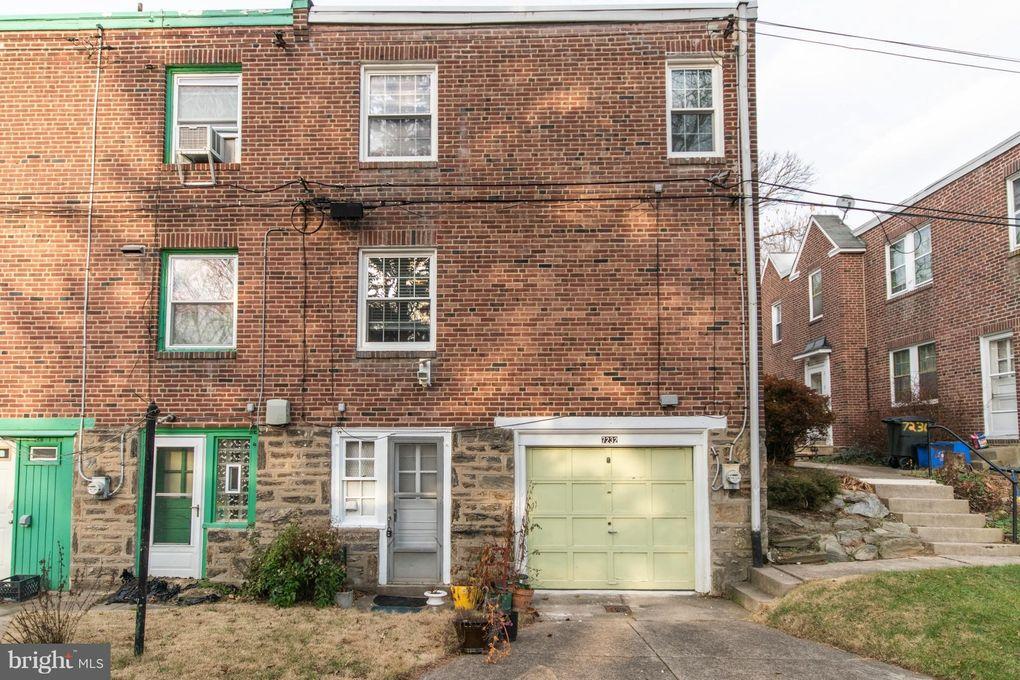 7232 Sprague St, Philadelphia, PA 19119