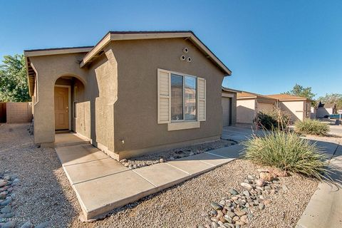 2569 E Meadow Mist Ln, San Tan Valley, AZ 85140