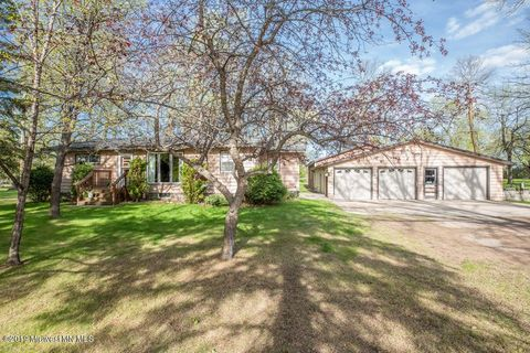 Photo of 11185 County Highway 17, Detroit Lakes, MN 56501