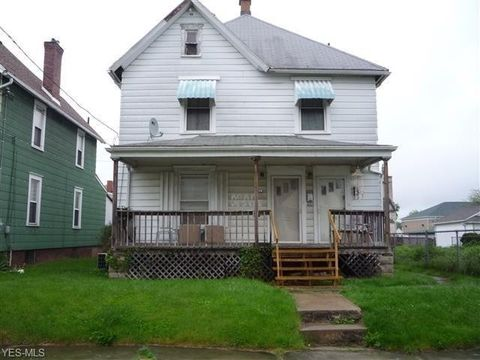 Photo of 126 Clarendon Ave Nw, Canton, OH 44708