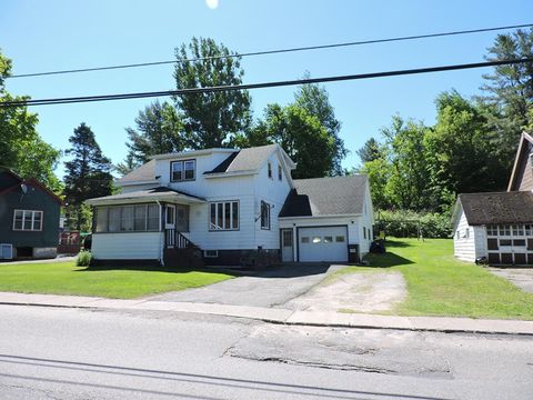 24 Pleasant Ave, Tupper Lake, NY 12986