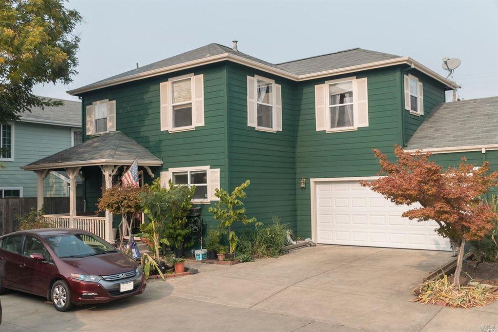 709 Prince St, Santa Rosa, CA 95401