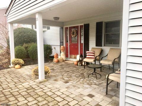 26 Knollwood Rd, Mount Olive Township, NJ 07836