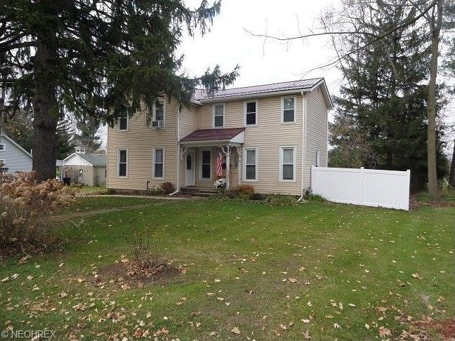 15848 W High St, Middlefield, OH 44062