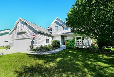 2267 Sunnyside Ct Nw, East Grand Forks, MN 56721