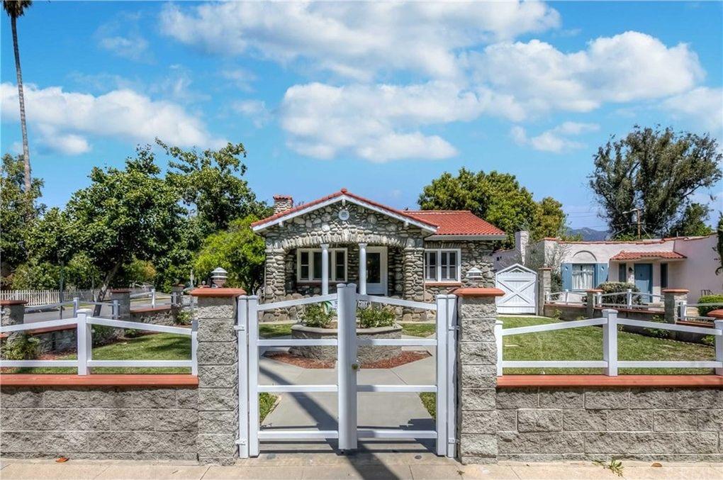 1751 Rose Villa St, Pasadena, CA 91106