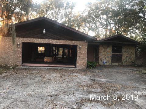 Photo of 9918 Carbondale Dr W, Jacksonville, FL 32208