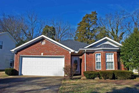 Photo of 331 Lost River Ln, Bowling Green, KY 42104