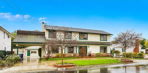 Photo of 15934 Morrison St, Encino, CA 91436
