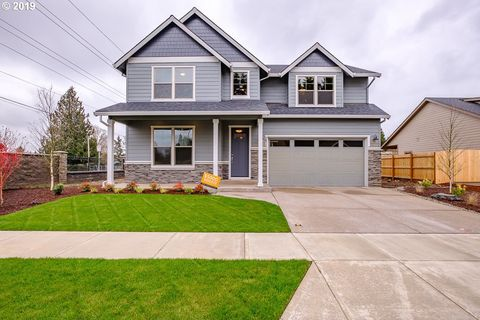 Photo of 2071 S Deer Ave, Stayton, OR 97383