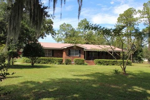 Photo of 136 Ne Alyssum Loop, Madison, FL 32340