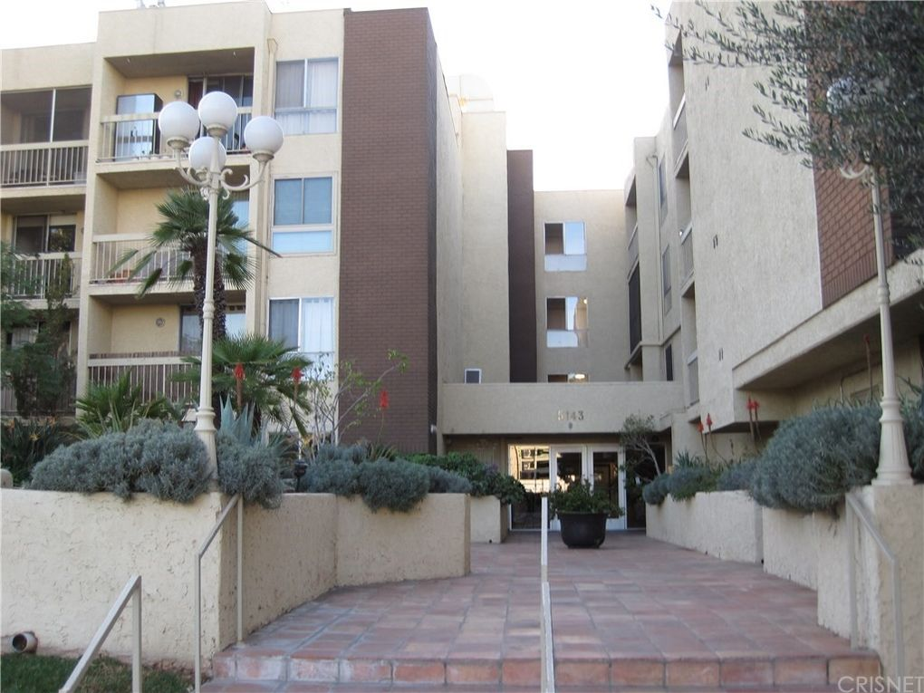 5143 Bakman Ave Apt 107, North Hollywood, CA 91601