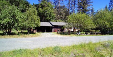 Photo of 210 Riverview Rd, Douglas City, CA 96024