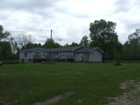 47717 County Road 703, Coloma, MI 49038