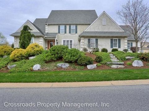 Photo of 749 Bent Creek Dr, Lititz, PA 17543