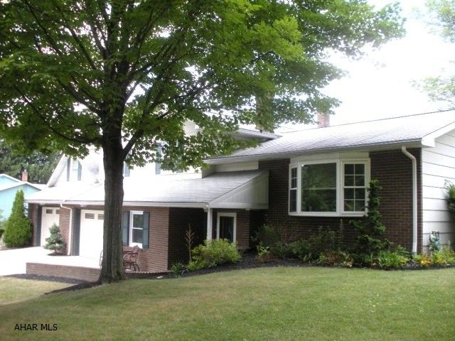 425 ferndale dr tyrone pa 16686 home for sale and real estate listing