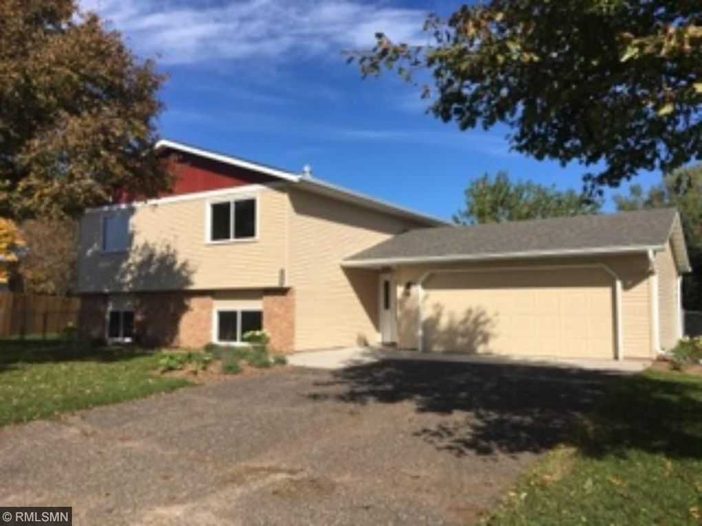9757 Vincent Ave N Brooklyn Park MN 55444