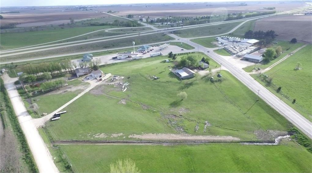 9663 230th Ave Unit A, Anamosa, IA 52205