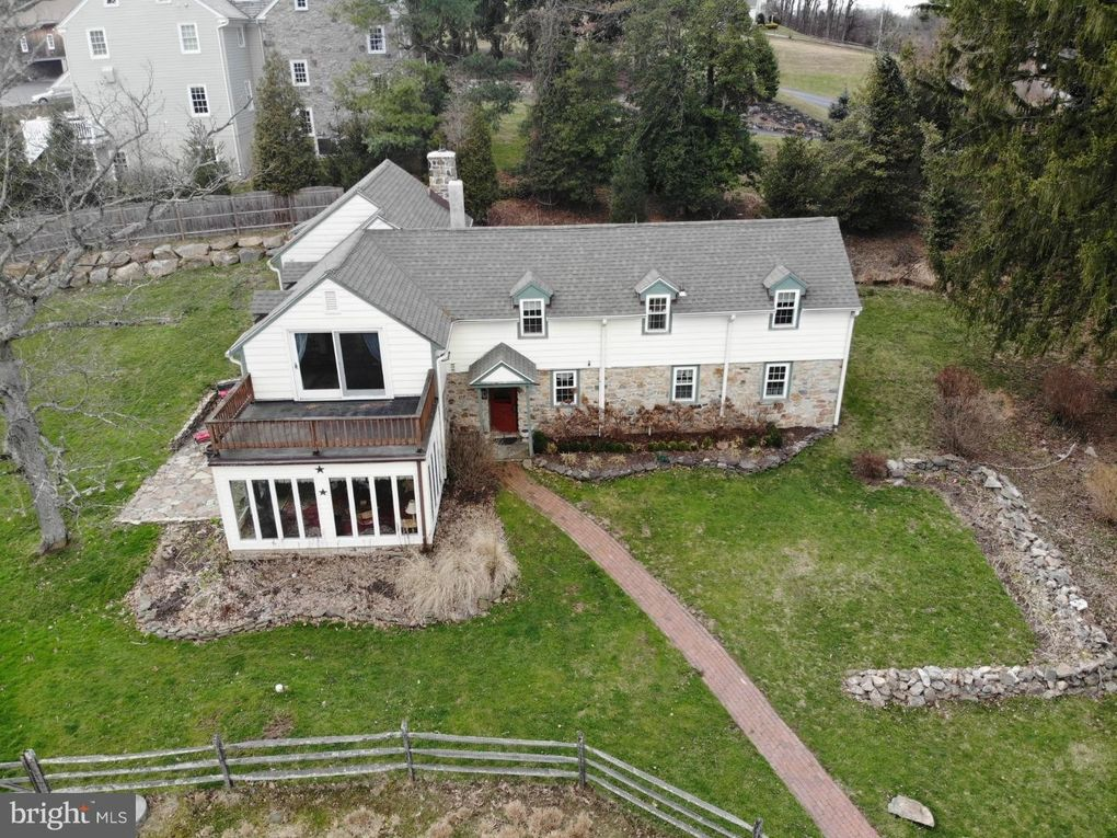 500 Byers Rd, Chester Springs, PA 19425