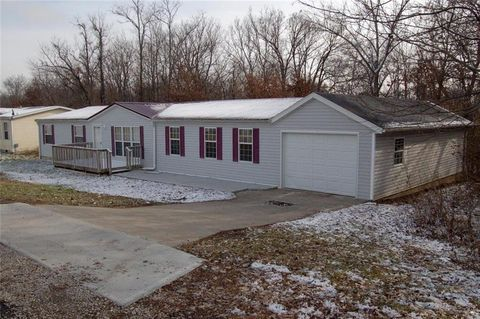 Photo of 1164 Ne 15th Rd, Knob Noster, MO 65336