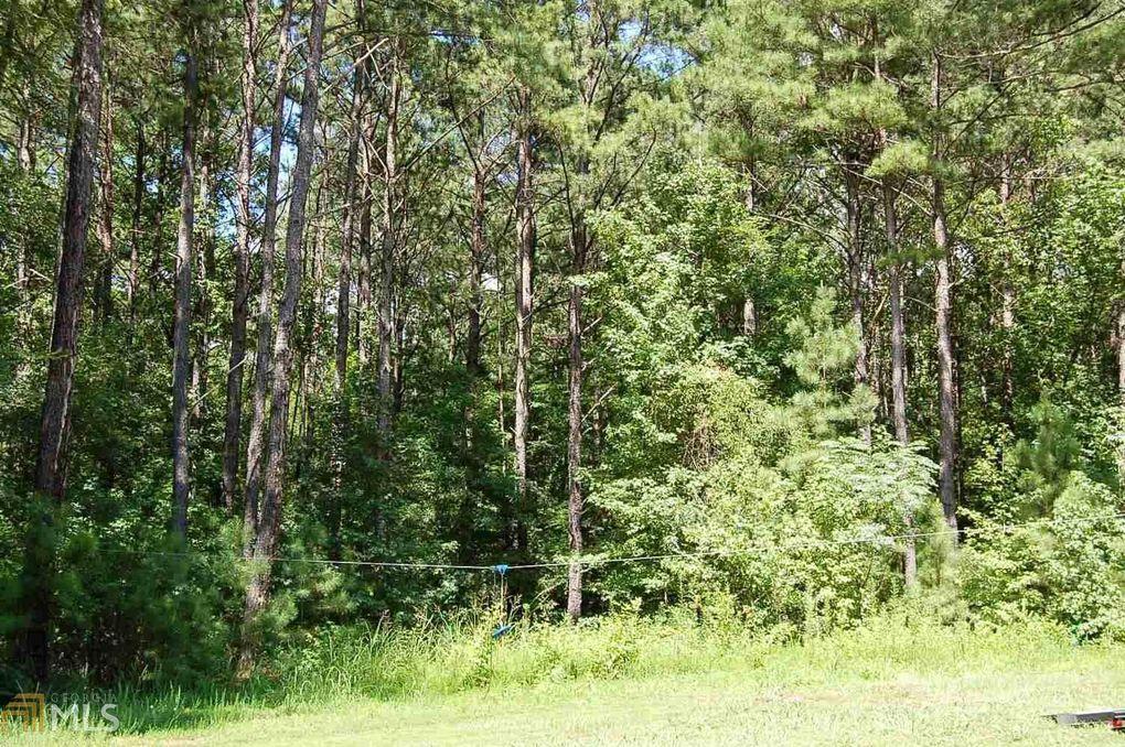1011 Forest Hts, Greensboro, GA 30642