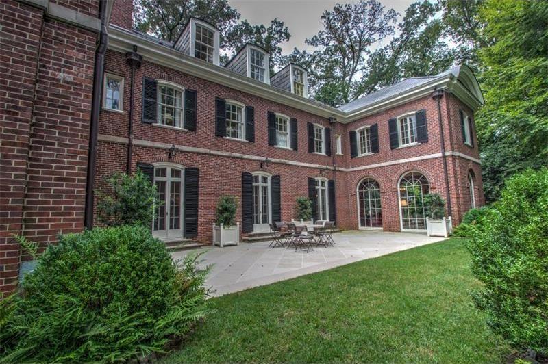 Colonial Homes Dr Nw Atlanta Ga