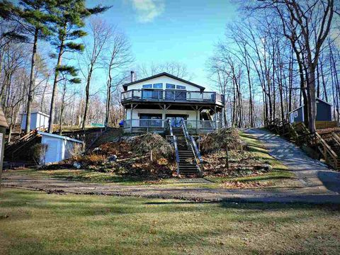 Photo of 5836 Silver Birch Rd, Ortonville, MI 48462