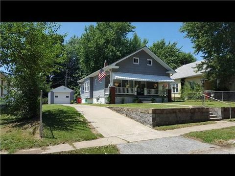 624 S Hardy Ave, Independence, MO 64053