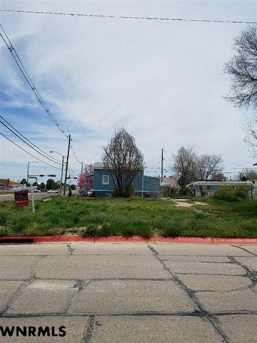 Photo of 1933 10th Ave, Scottsbluff, NE 69361